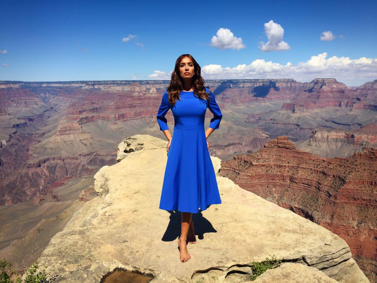 Коктейльні сукні CAT ORANGE підкорюють Америку - CAT ORANGE Інтернет  магазин жіночого одягу в Україні. Модний жіночий одяг від виробника. 86b75434f4f52